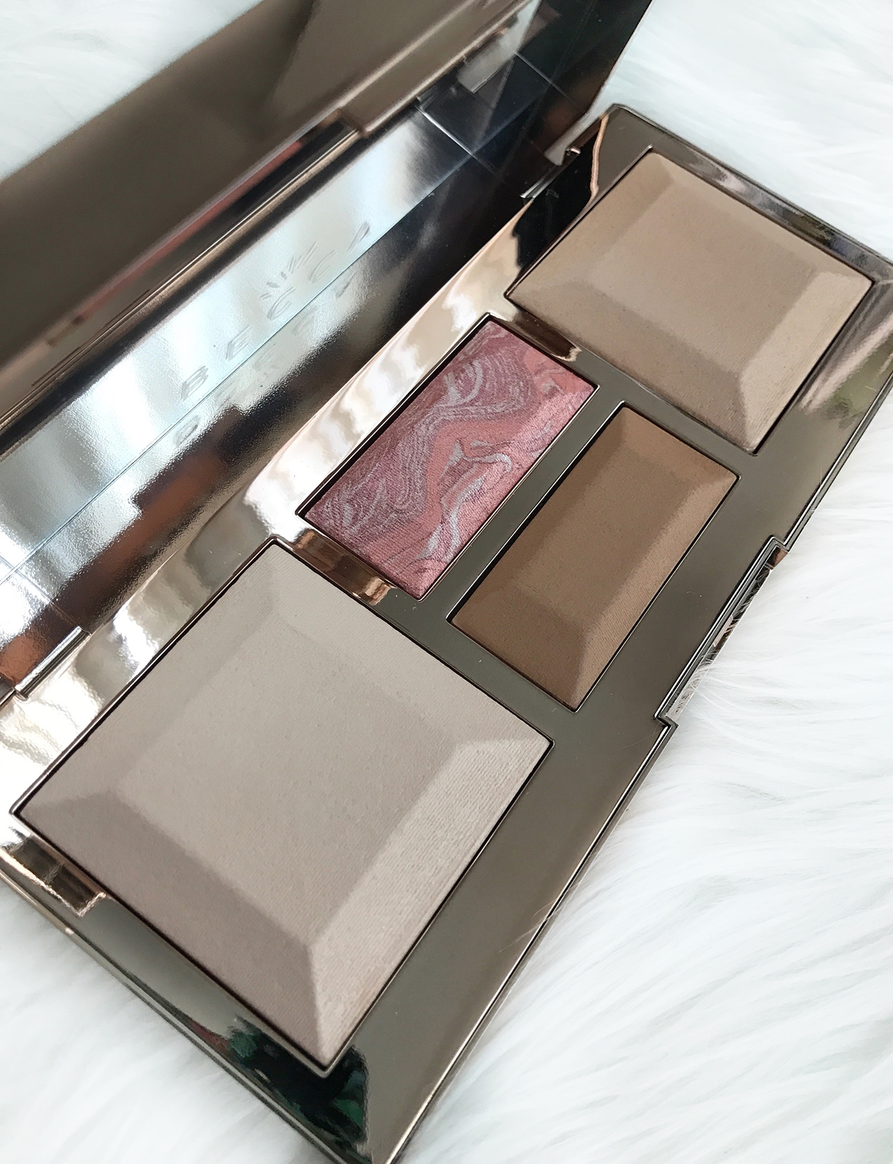 Becca Be A Light Palette