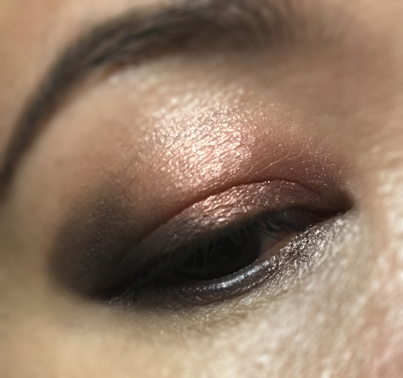 SUQQU Designing Color Eyes Yuuakane eye makeup look