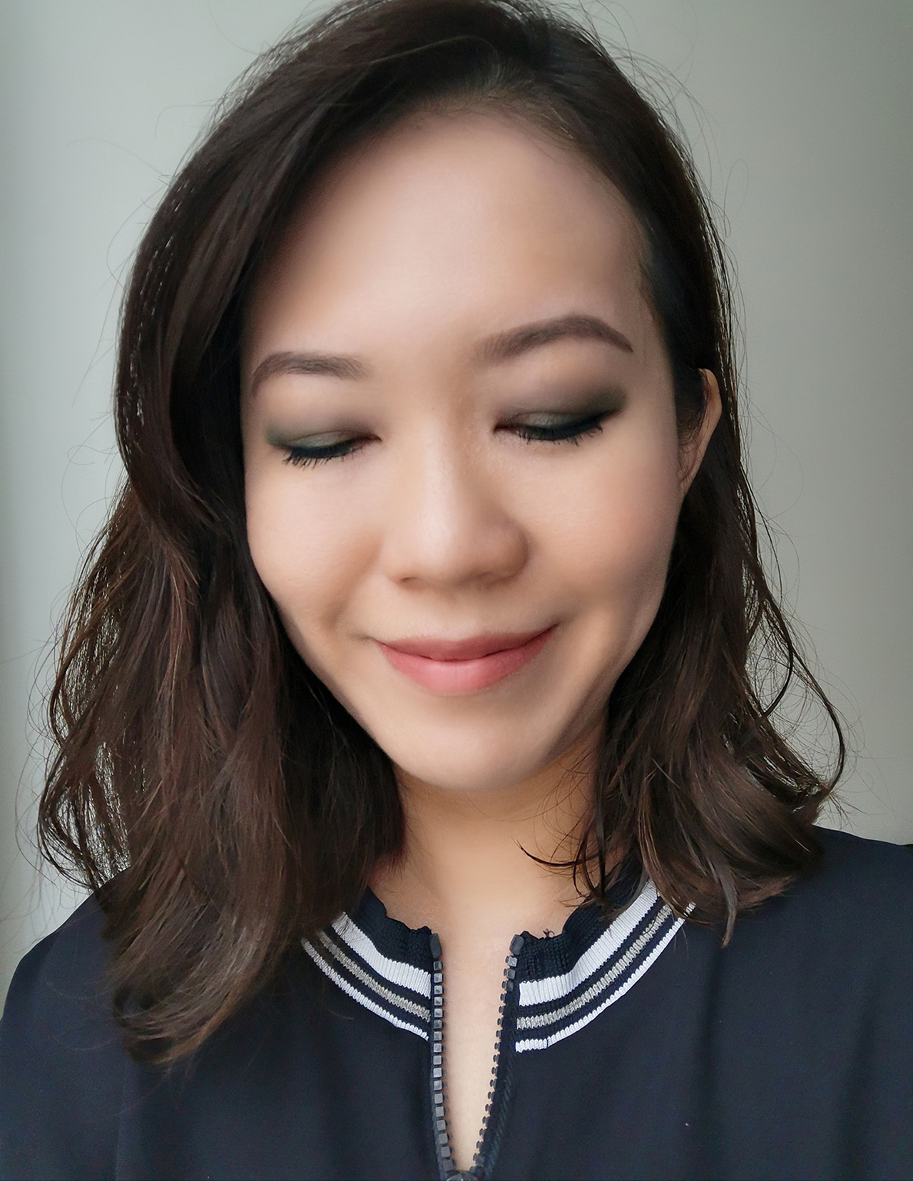 Chanel Blurry Blue makeup look