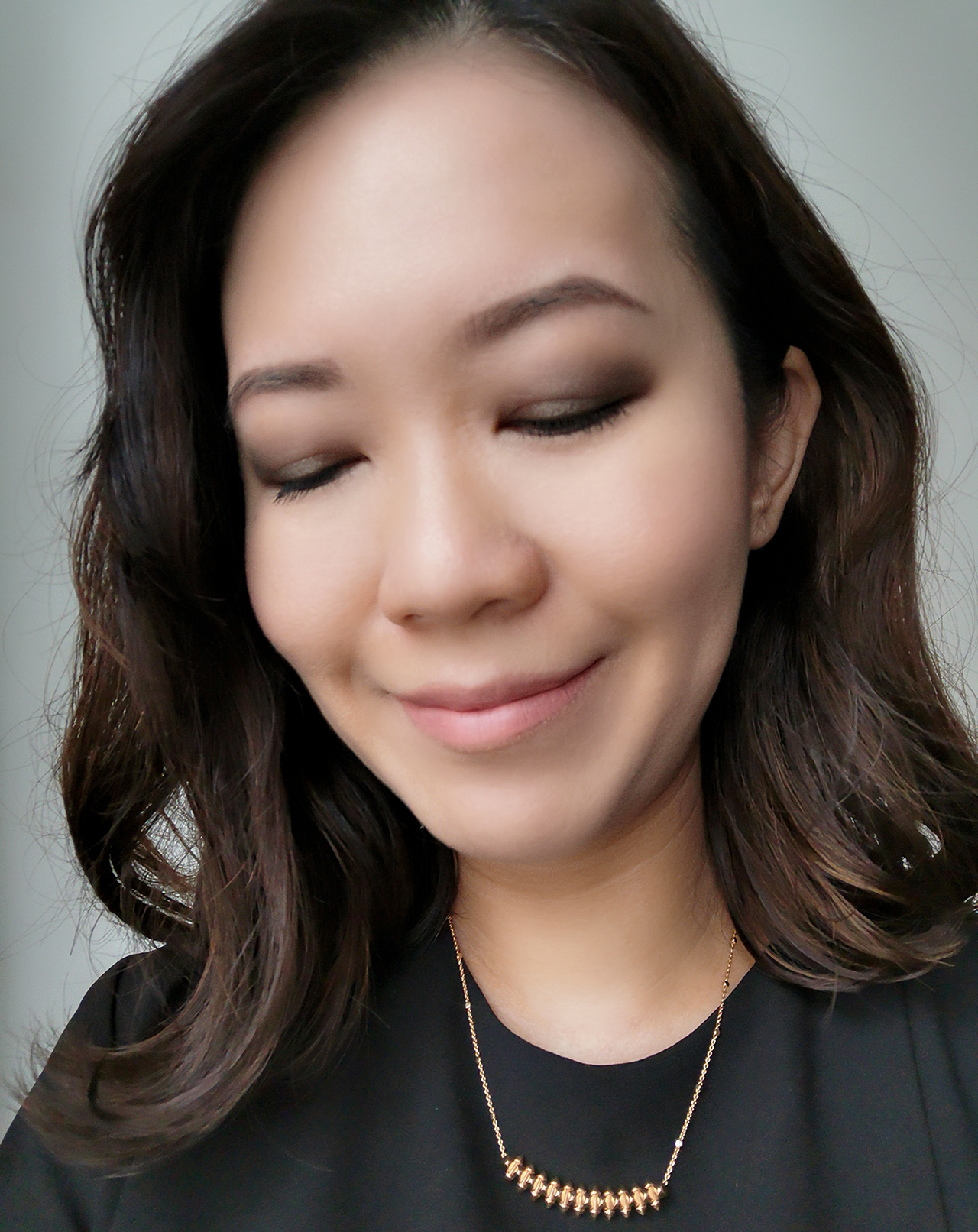 Chanel Blurry Grey makeup look