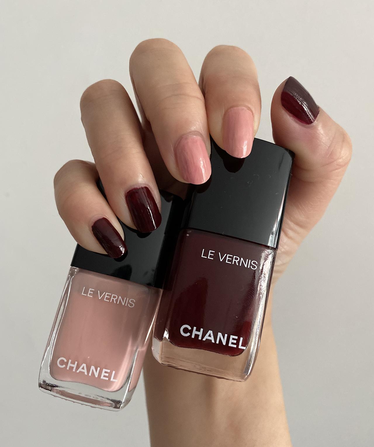 Chanel Le Vernis 765 Interdit & 769 Egerie swatches