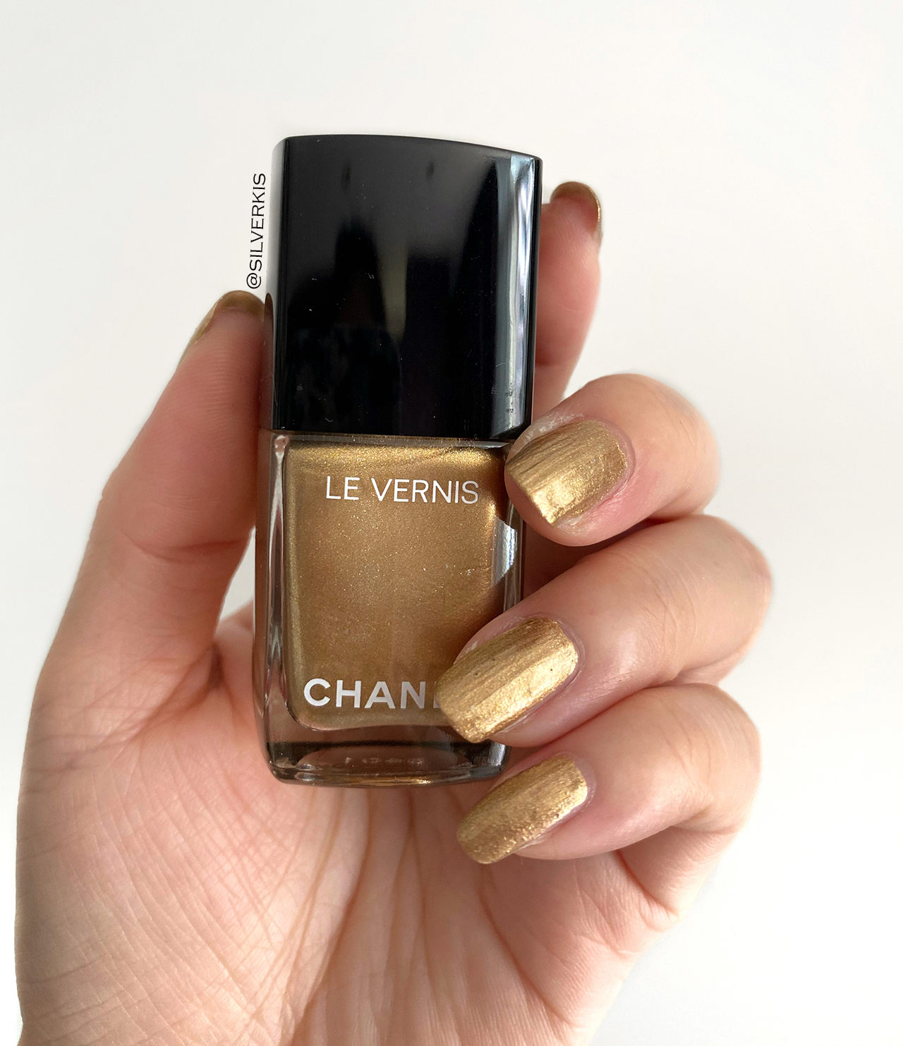 Chanel Le Vernis Chaine d'Or